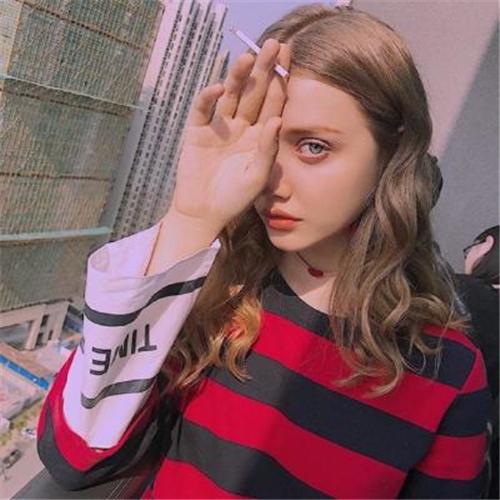 最新欧美个性时尚气质女生头像 做个情绪稳定的成年人